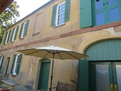 The Orientation Gallery and Slave Quarters