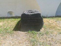 Территория Новоспасского монастыря, июнь