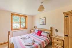 Master bedroom Lodge 5.