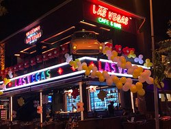 Las Vegas Cafe & Bar