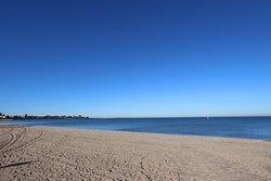 Elwood Beach