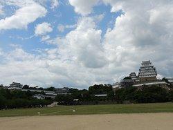 姫路城前広場