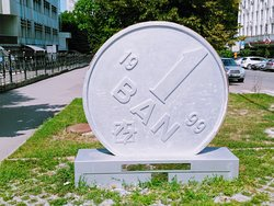 1 Ban Monument