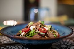 Seared Beef & Blue Cheese Salad