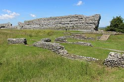 Richborough Roman Fort and Amphitheatre