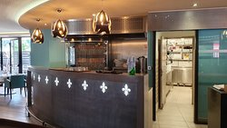 Bar & entrée cuisine