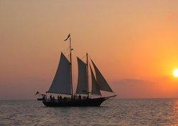 Sailing Saugatuck