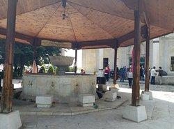 Mustafa Paşa Camii Şadırvanı ÜSKÜP