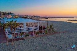 Seasons Beach Restaurant & Lounge Bar