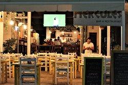 Herclues Restaurant Himare