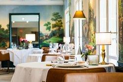 Salle à manger près de Mâcon Hôtel Restaurant La Huchette
