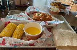 Delicious food at Nubb's Lobster Shack - Cliff House - Cape Neddick, Maine