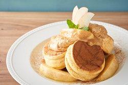 Apple&tea cream pancake