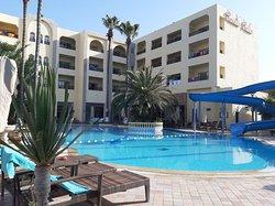 Bardzo fajny hotel - udane wakacje ale kontakt z biurem TUI fatalny !!!