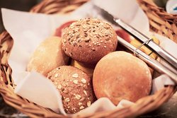 We offer a breakfast buffet with daily fresh bread.