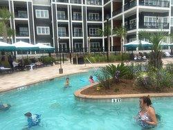 Great resort with wonderful amenities!!