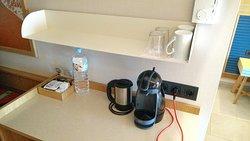 Wasserkocher und Dolce Gusto Kapselmaschine