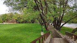 Manitovac Park