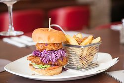 Dakota Chicken Burger - Food Served Daily From 12pm