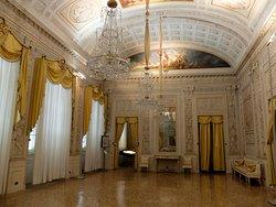 Piano nobile: Salone delle feste