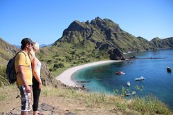 This couple, booked 4Days3Nights Live on Board tour, Exploring the islands of Komodo National Park with Superior Phinisi boat.
