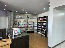 Loja de cosméticos e semi-jóias
