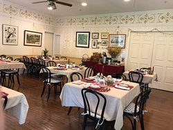 """1870 Wedgwood Inn Bed and Breakfast is situated on beautifully landscaped grounds yet just steps to vibrant """"downtown"""" New Hope, and Lambertville and Princeton too."""