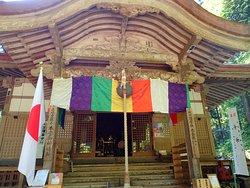 三佛寺の本堂です。