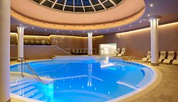 Swimming pools with heated sea water - Sea Spa.