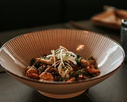 Yaki udon de camarão