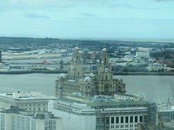 Utsikt mot Royal Liverpool Building