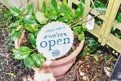 Horner Tea Gardens - welcome sign