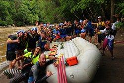 """¡Disfruta en equipo cada recorrido! Actividad: """"Rafting river Suarez"""""""