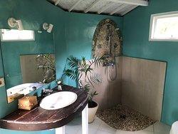 Bathroom bungalow 1