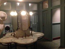 A very smart bathroom/toilets