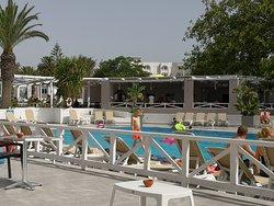Pools @ Cooee President Tunisa