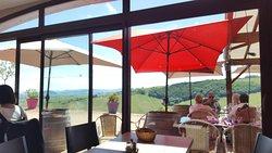 De l'intérieur vue magnifique ,terrasse extérieure ……...