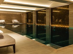 The Langley Spa Indoor Pool