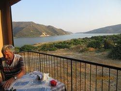 Schönes Plätzchen auf der Terrasse mit wunderbarer Aussicht auf den See (Wasserspeicher)