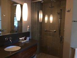 Gray Pine shower