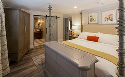 Sonoma Wine Country Suite