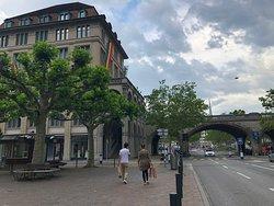 The connected bridge to Lindenhofplatz