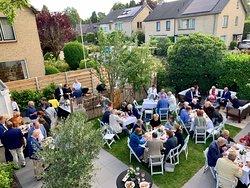 Catering op hoog niveau in eigen tuin