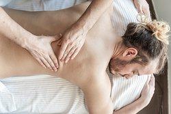 Rituali corpo, viso e massaggi per un rilassamento totale.