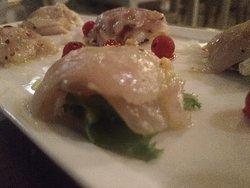 Ottimo ristorante di pesce. Buona carta dei vini. Il proprietario accogliente e coccoloso nei confronti dei propri clienti! Consigliatissimo