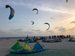 Kitebeach Bonaire kiteschool