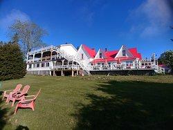 Beautiful Tara Manor Inn