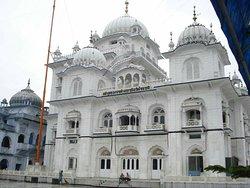 Takht Sri Harmandir Sahib Ji