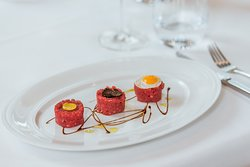 Enjoy fine Italian dining at our award-winning Roberto's Restaurant at Hilton Amsterdam.