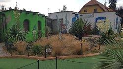 Zoo and minigolf Plasy